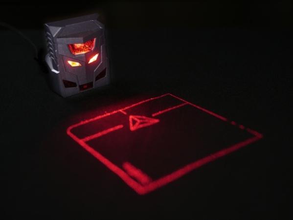 Первая в мире проекционная мышь ODiN Aurora