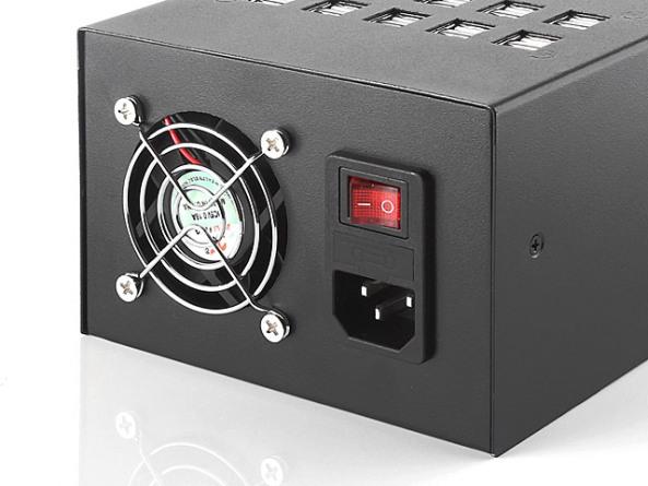Зарядное устройство от Brando для 60 гаджетов