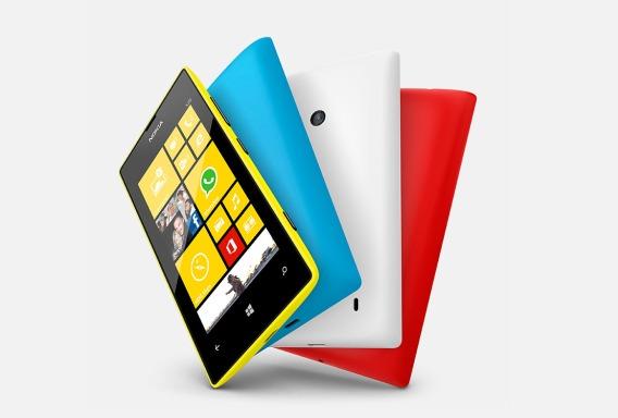 Nokia вернется на рынок мобильных телефонов в следующем году