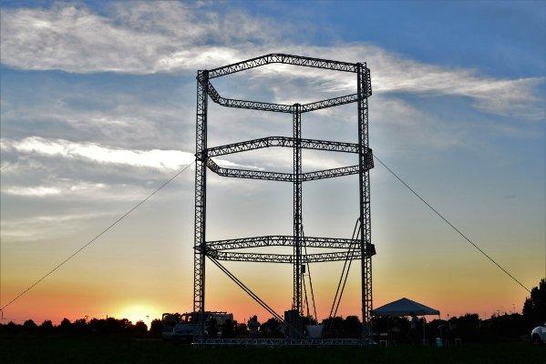 Самый большой в мире 3D-принтер будет строить временные бункеры для пострадавших от ЧС