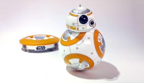 Игрушечный робот BB-8 из «Звездных войн» поступил в продажу