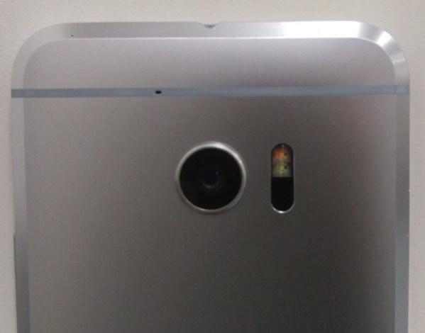 HTC поклялась, что ее следующий флагман будет с отличной камерой