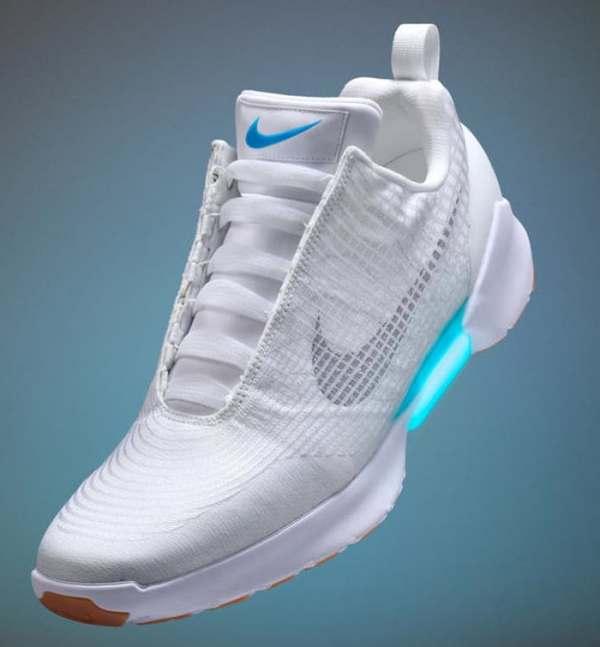 Nike выпустит первые массовые кроссовки с автошнурковкой