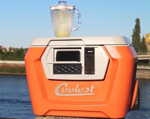Создатели Coolest Cooler хотят от бекеров больше денег