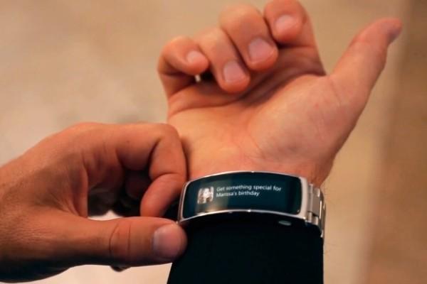 Гаджет LINK превратит любые часы в смарт-часы