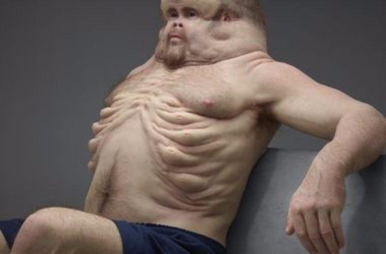 Специалисты сделали скульптуру, которой не страшна никакая автомобильная авария