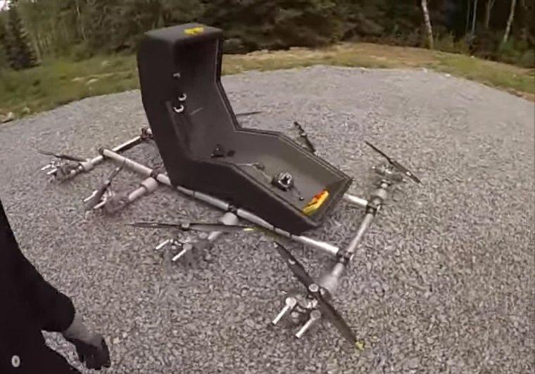 Швед показал первое в мире летающее кресло