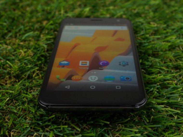 Британская компания Wileyfox анонсировала выход нового смартфона