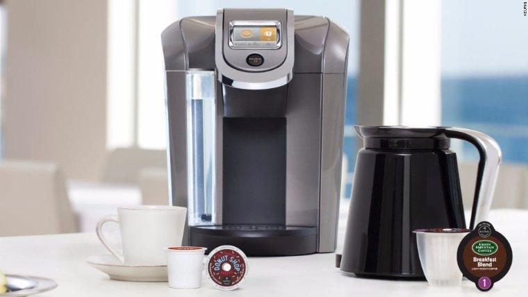 Инженер переделал кофемашину в фантастический бионический протез