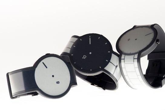 Sony собирает средства на часы – хамелеон