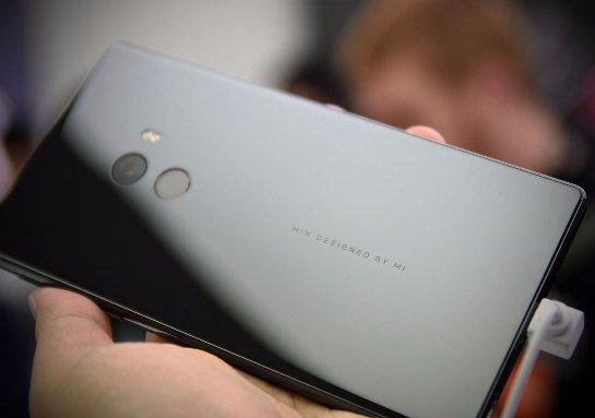 Смартфон будущего от Xiaomi выйдет ограниченным тиражом