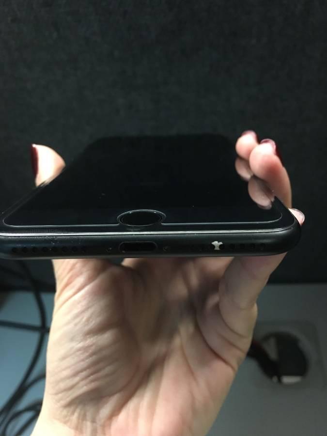 Шум вокруг некачественного покрытия iPhone 7 Plus Matte Black