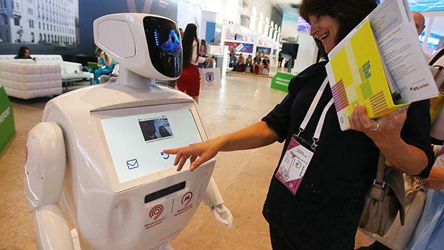 В метро появился робот-помощник Метроша