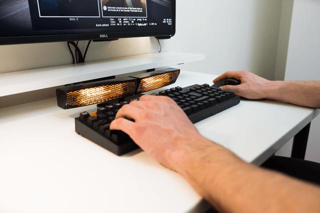 Тёплая новинка: обогреватель для клавиатуры