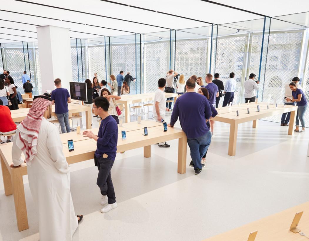 Зацените новый Apple Mall в Дубае. Крылатый магазин