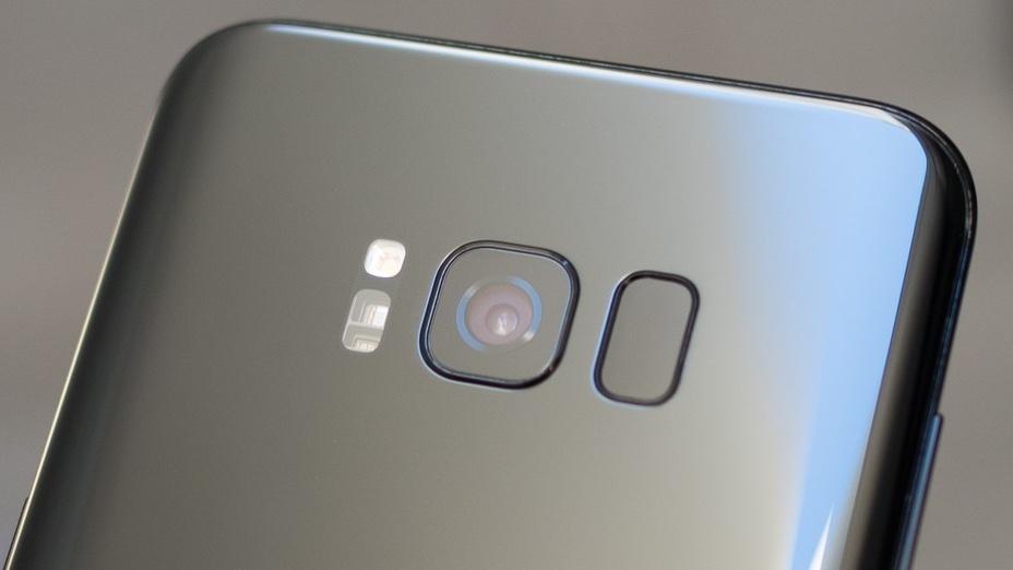 Почему Samsung не добавила в Galaxy S8 двойную камеру и переместила сканер?