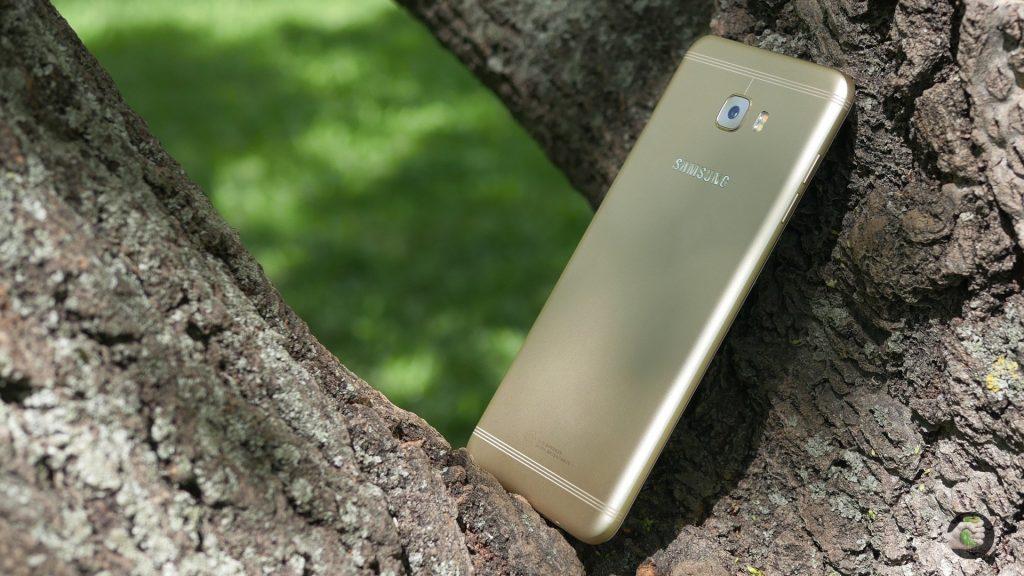 Samsung Galaxy C7 Pro: как обыграть китайцев?