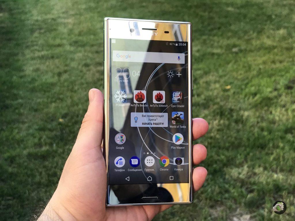Sony Xperia XZ Premium: кому нужна блестящая лопата?