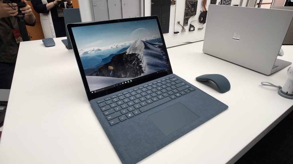 Новинки Microsoft: Windows 10 S и Microsoft Surface Laptop