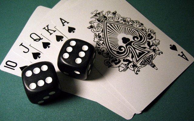 Комбинации и пуш фолд в покере: обучение и онлайн-игра