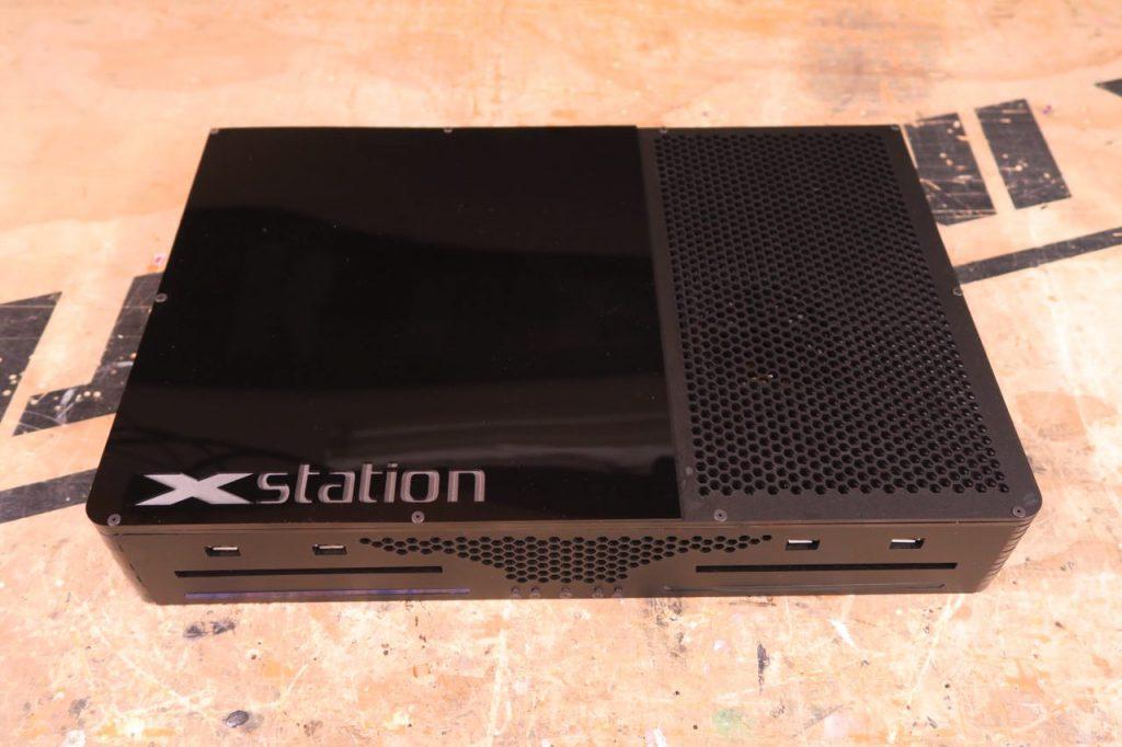 Видели такой гибрид PS4 и Xbox One? Да, это необычная игровая Xstation