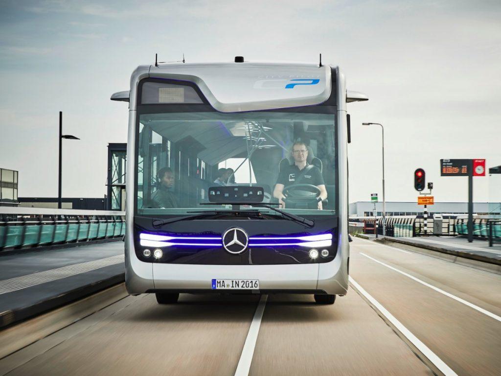 За проезд передаём! Mercedes показала автобус будущего