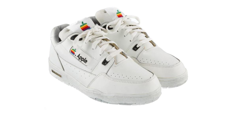 Успей купить оригинальные кроссовки Apple за  000 на eBay