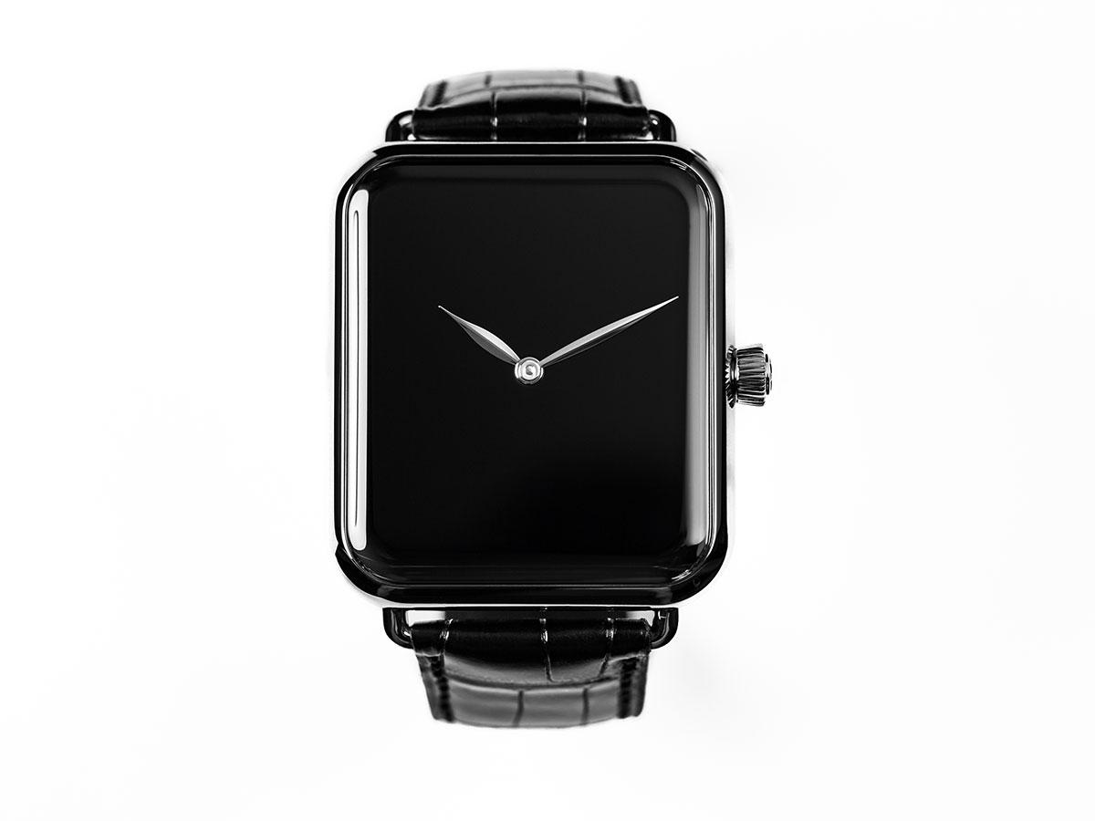 Во-первых, это красиво: крутой троллинг Apple Watch, аквакомплекс «Лужники», и правильный барбершоп!