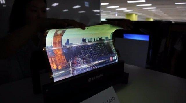 Скручивающиеся дисплеи могут появиться у LG всего через 3 года