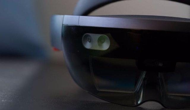 Искусственный интеллект появится в HoloLens 2