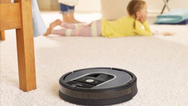 Компания по производству робота-пылесоса Roomba может продать данные, собранные во время пользования