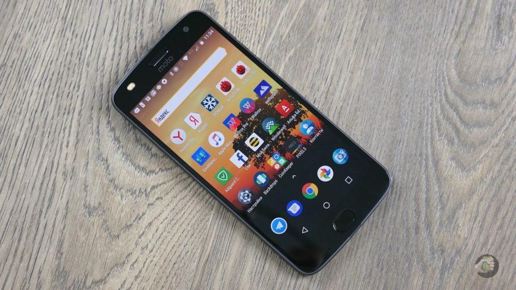 Обзор Motorola Moto Z2 Play: поиграем вместе с Moto