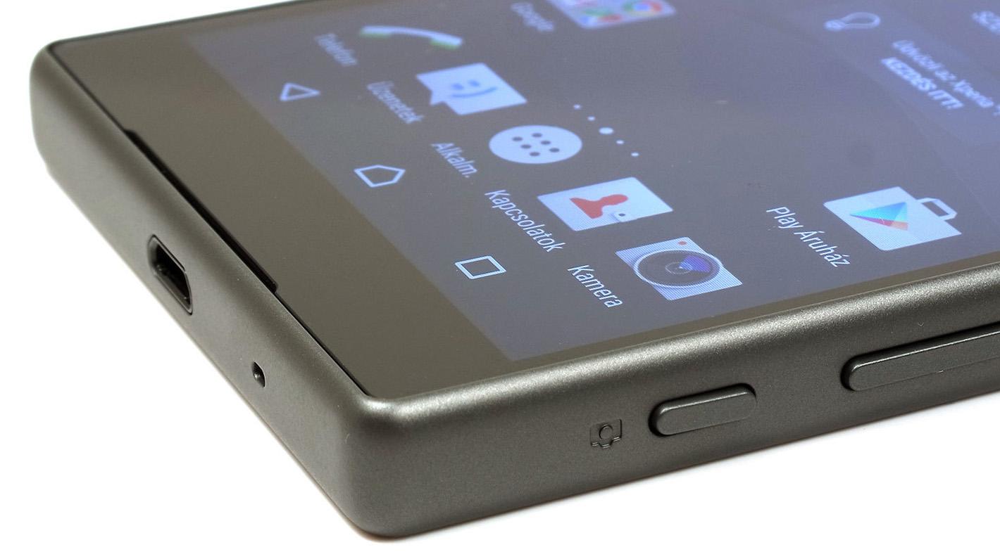 Куда исчезли компактные смартфоны?