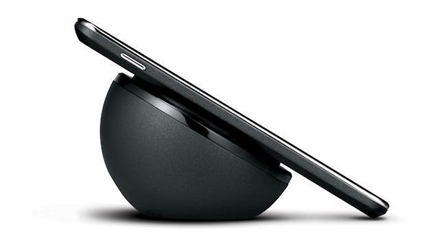 Новые iPhone будут работать с чужими беспроводными зарядками?