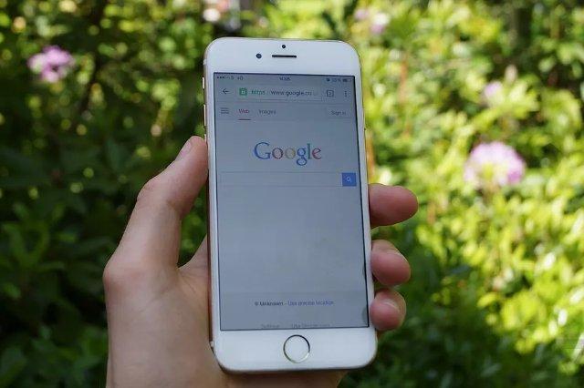 Google создает новостные истории в стиле Snapchat