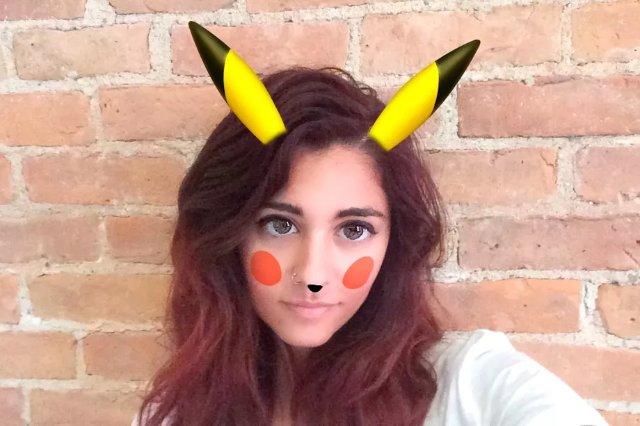 Snapchat добавляет фильтр Pikachu