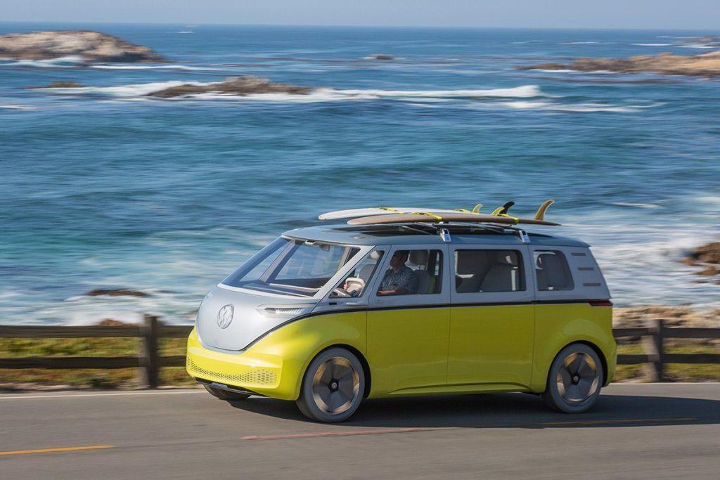 Автомобильные новости: красивый концепт Z4, полезный Volkswagen I.D. Buzz, Tesla против «ламбо»!