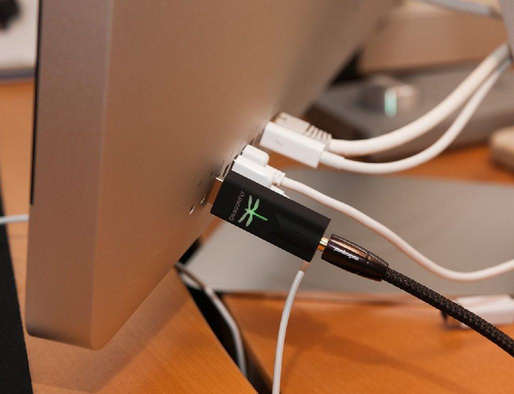 Как из iPhone сделать Hi-Fi плеер?