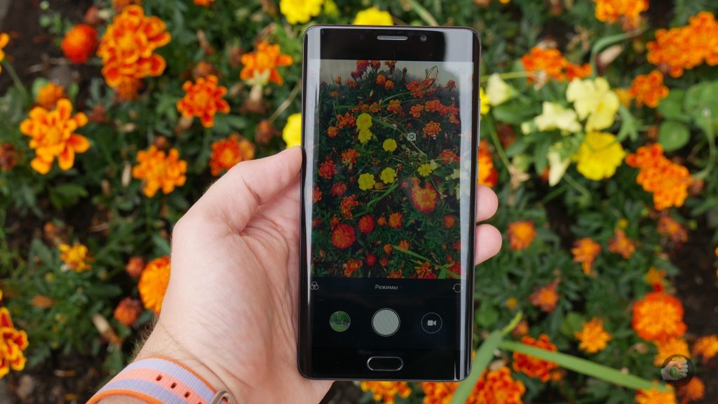 Обзор Xiaomi Mi Note 2: реплика в стиле Samsung