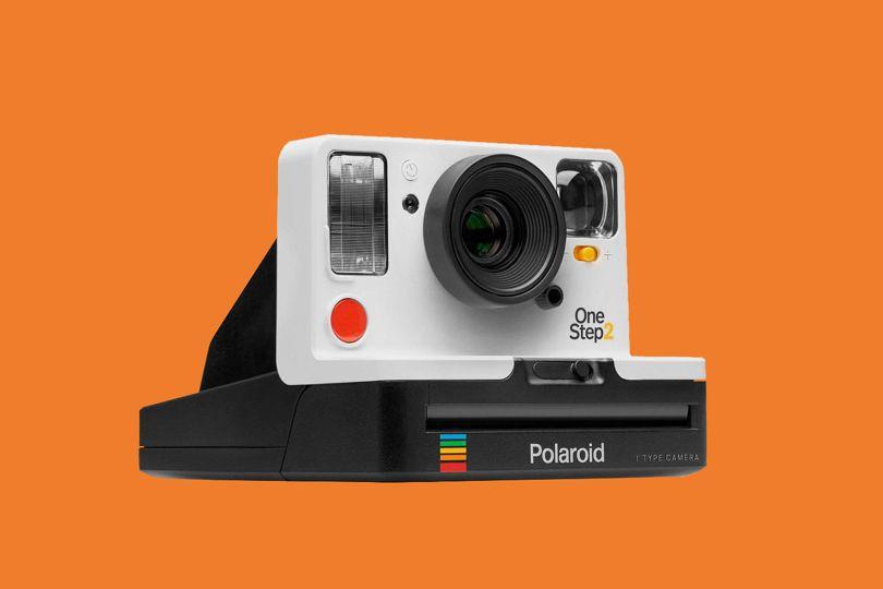 Вещь дня: Polaroid OneStep 2 – камера для хипстеров с района