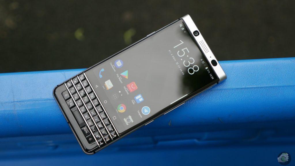 Blackberry вернулась в Россию со смартфоном за 39 990 рублей