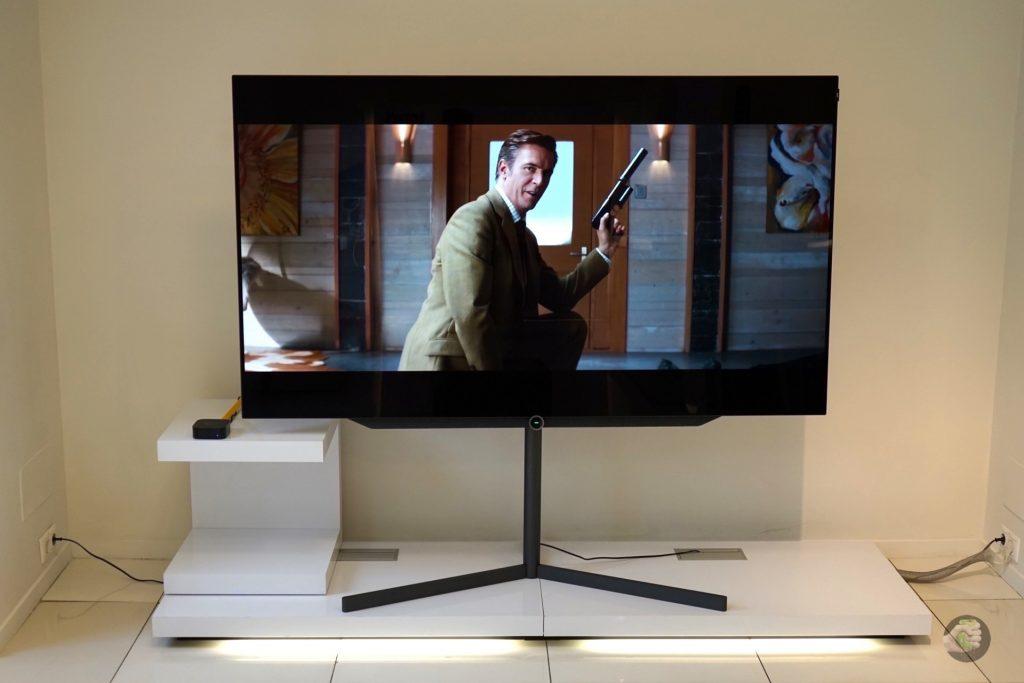 Как мы подключали Apple TV 4K к телевизору за миллион рублей!