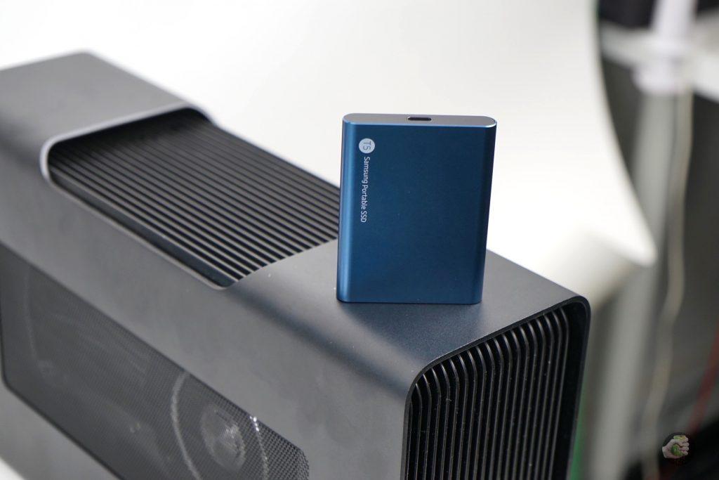 Samsung Portable SSD T5: тест отличного внешнего SSD!