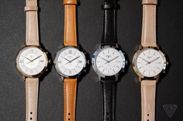 Fossil показала новые гибридные часы