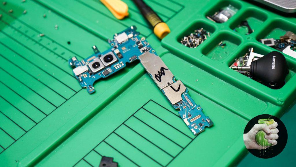 Как мы отремонтировали разбитый в хлам Samsung Galaxy Note 8