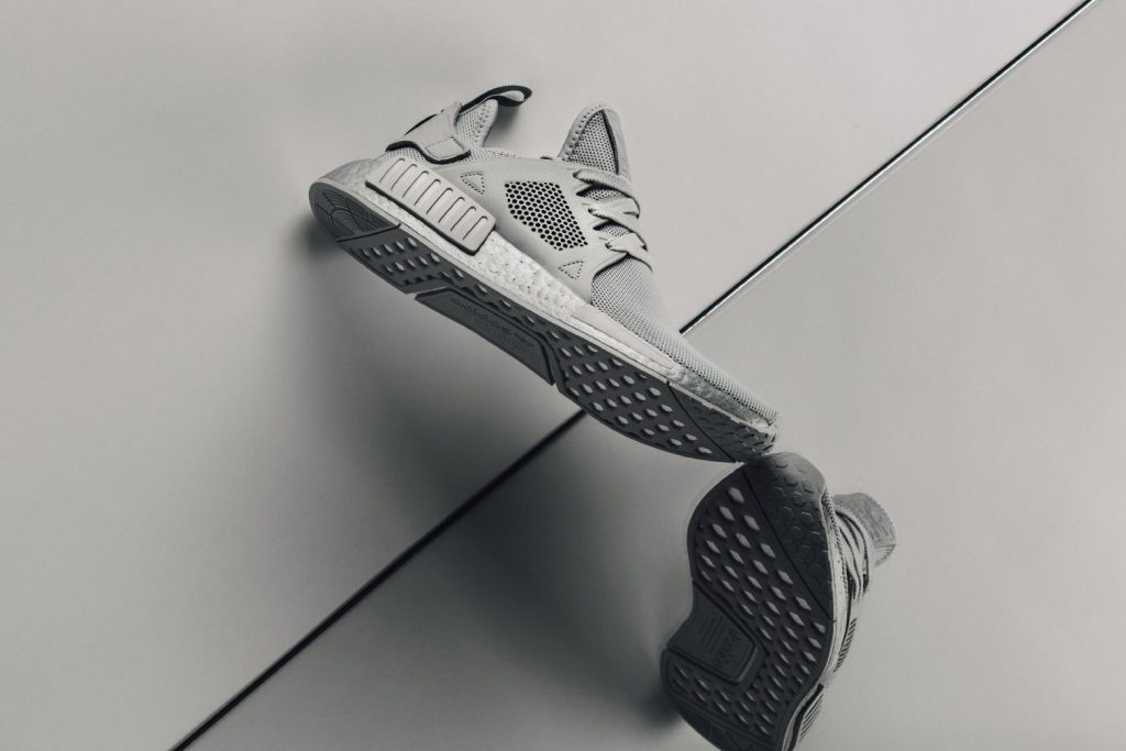 Вещь дня: adidas Originals NMD XR1 Triple Grey