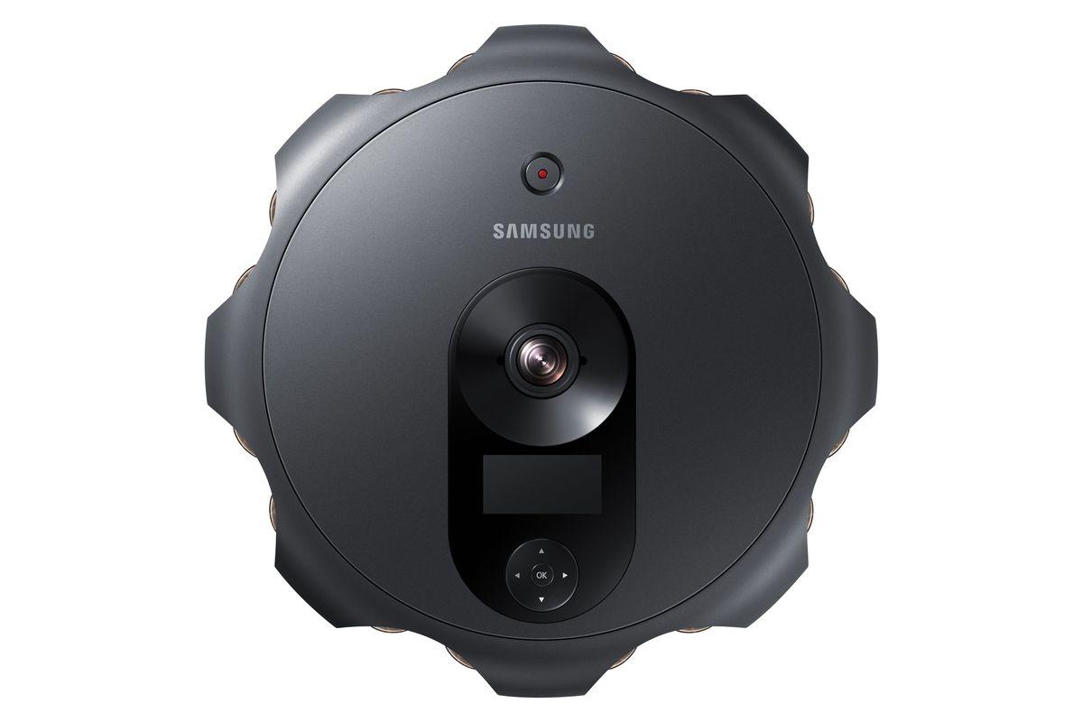 Это семнадцатиглазая камера Samsung, похожая на умный пылесос