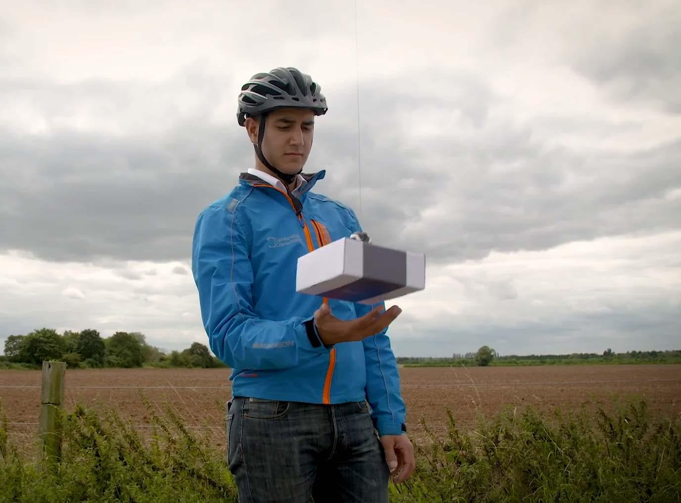 Cambridge Consultants разрабатывает дроны, которые будут доставлять посылки прямо в руки