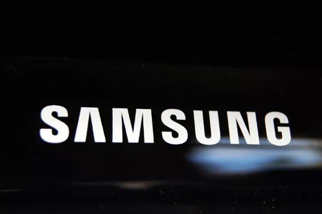 Сообщается, что Galaxy S9 будет более итеративным обновлением и может появиться на CES