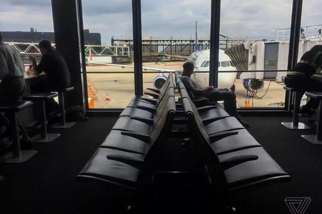 Google прекратит подавать данные о авиабилетах на сайты, связанные с путешествиями